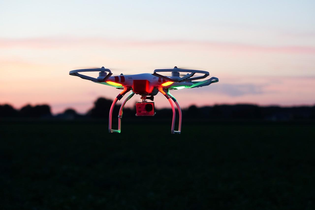 Faire voler des drones la nuit